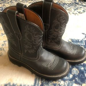 Ariat Women's Boots Size 6
